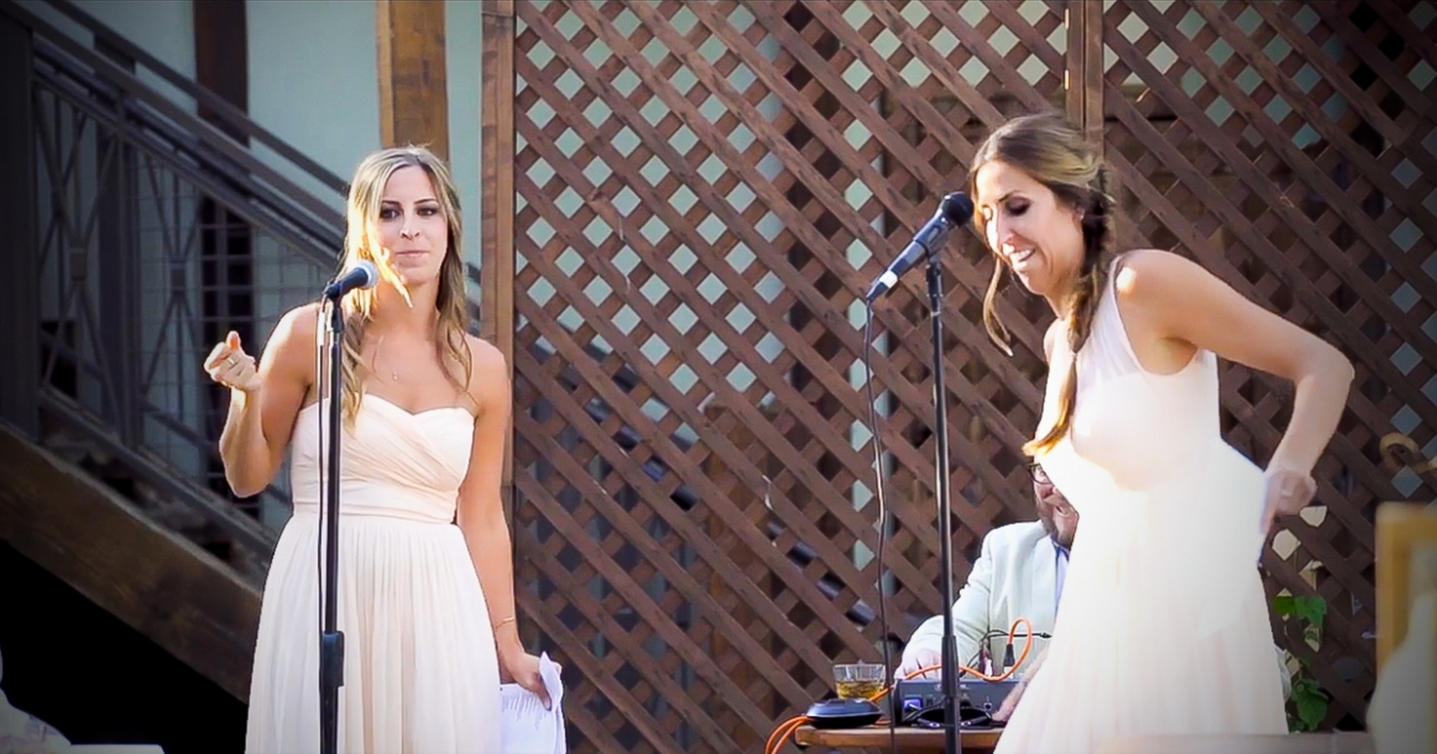 How Long Should A Grooms Speech Be: These Sisters Get Up To Deliver A Toast, But The Bride And
